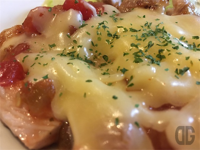 gouda-chicken-steak-up