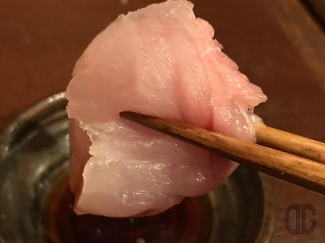 秋葉原 潮音(しおん) で絶品の貝と魚とぬる燗をいただく
