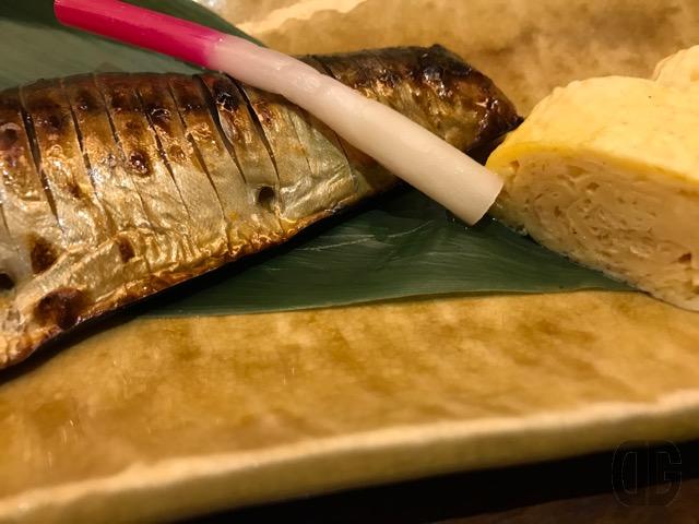 神楽坂 うお匠 鱻(SEN)でお魚定食の焼魚をいただく