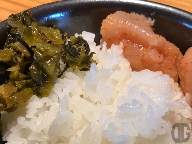 飯田橋 博多もつ鍋 やまや で限定30食のメンチカツ定食をいただく。明太子、高菜、ご飯が食べ放題♪