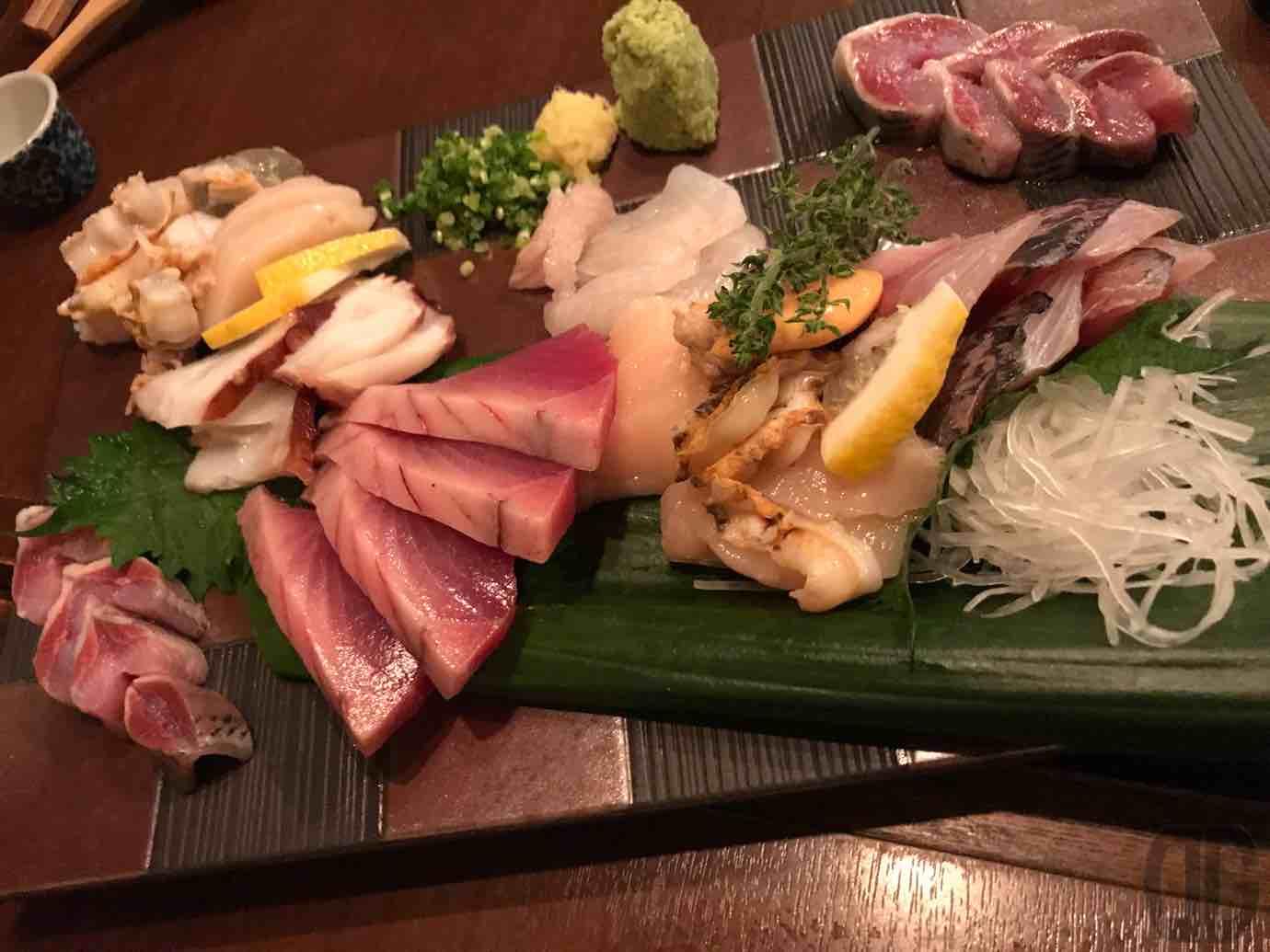 貝とぬる燗 潮音(しおん)(秋葉原)で夏の魚と貝と肴をいただき、その美味しさに感動する
