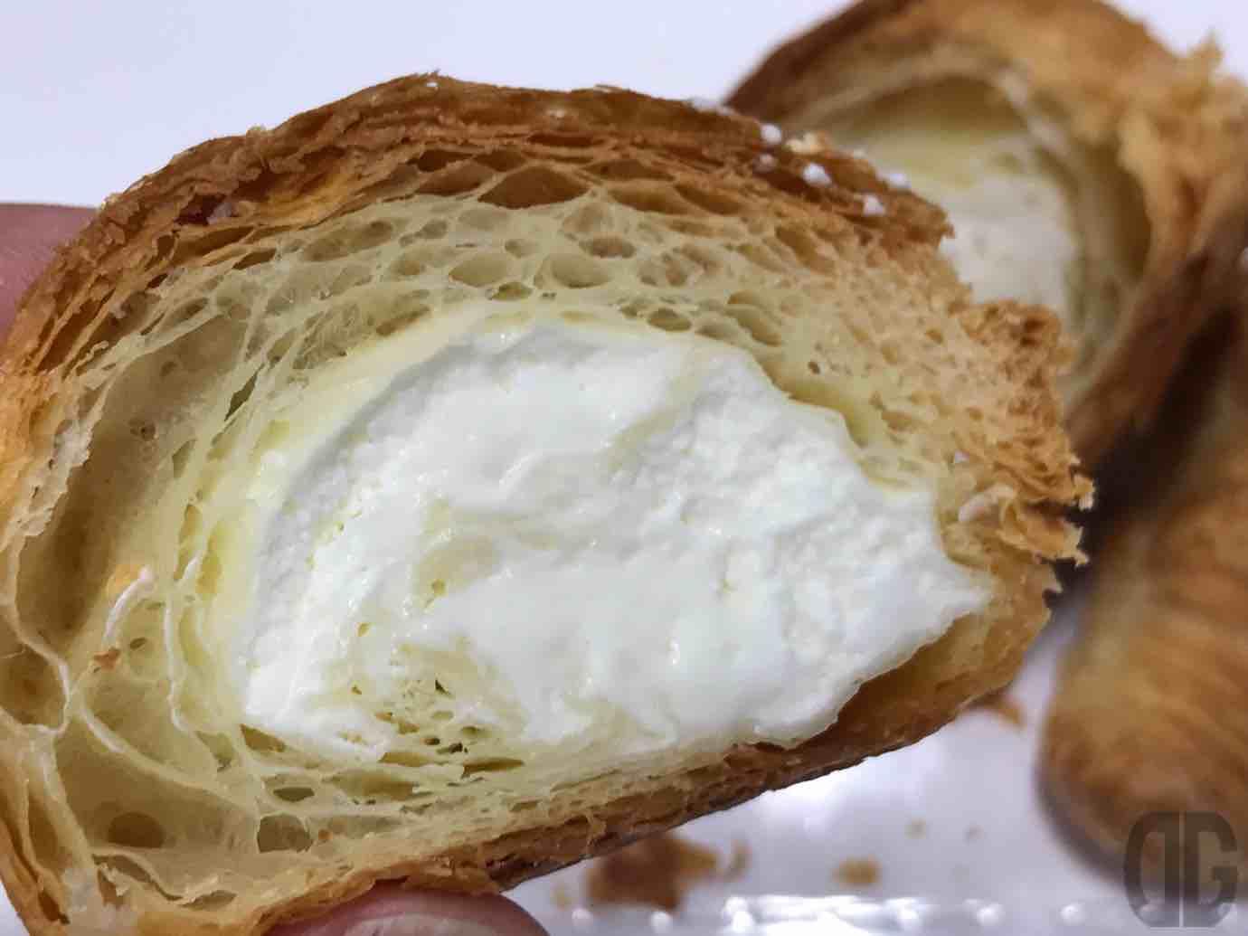 ローソン限定?ヤマザキのミニクロワッサン レアチーズクリームを今さらながらに食べてホッコリ♪