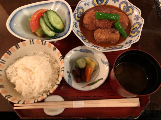 神楽坂前田レスキャリエで甘海老のクリームコロッケランチを超落ち着いた雰囲気の中でいただく。
