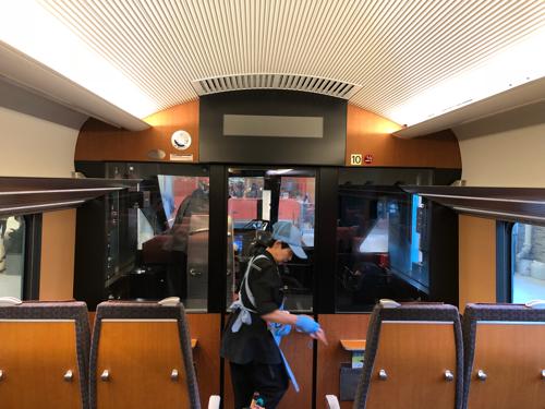 平日昼間にMSE10(60000形)に乗ってきた♪内装の木目調が上質な電車♪