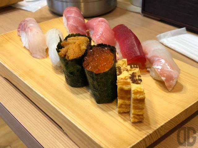 立喰富寿司(新潟万代)でお寿司をいただく♪